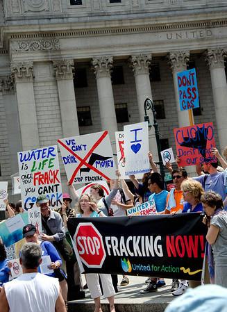 New Yorkers To Governor And Legislators --<br>No Fracking Way!