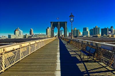 Da Symmetry of Lite : Brooklyn Bridge