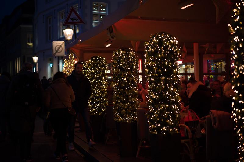 verlichting bij restaurantjes.jpg