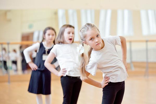 Урок физкультуры в школе №422