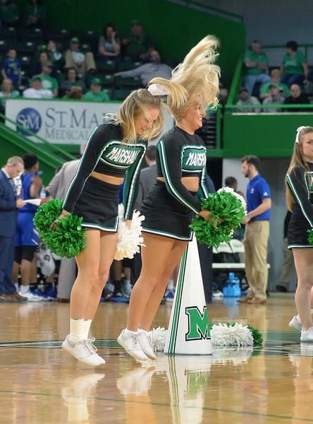 cheerleaders2774.jpg