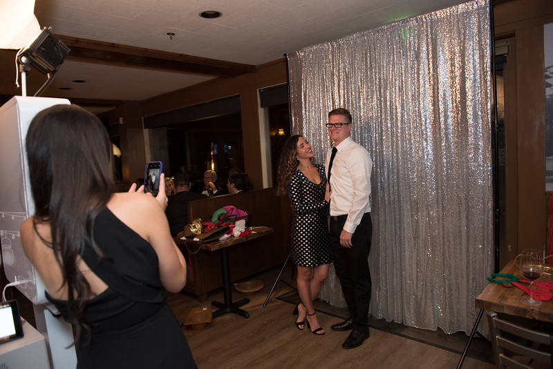 nwg residential holiday party 2017 photography-0040.jpg