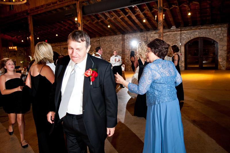 Jim and Robyn Wedding Day-513.jpg