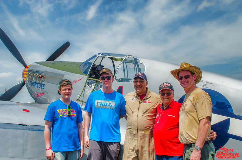 Canadian Dave Hewitt brought his family by to say hello to Bill Shepard and meet Lt. Col. Hardy.  Bill and Dave both fly Harvard (T-6) aircraft in Canada.