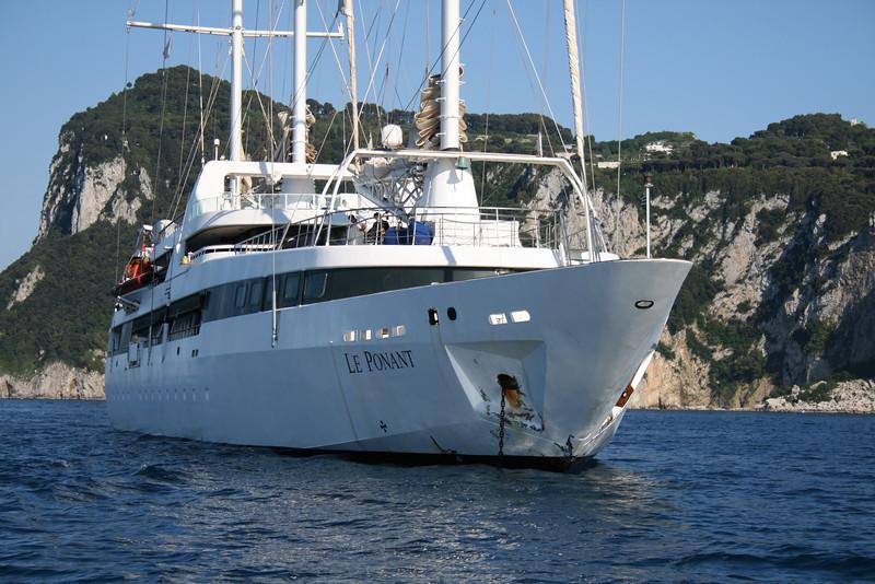 2011 - M/S LE PONANT offshore Capri.