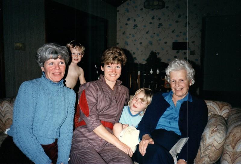 1985_December_Longwood_0009_a.jpg