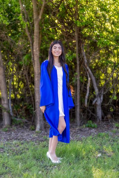 DSR_20210420Hannah Herrera Senior Shoot28-Edit.jpg
