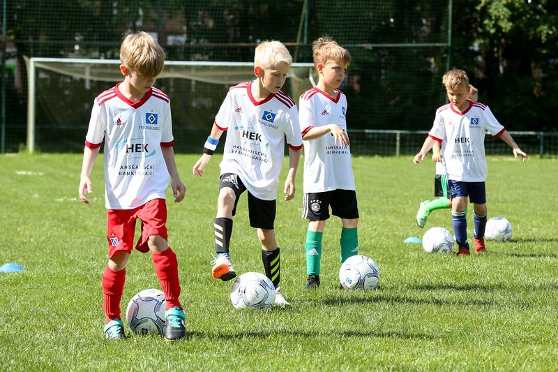 hsv_fussballschule-067_48047987768_o.jpg