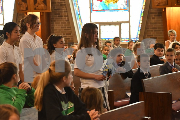 St. Alexander [Palos Heights] May Crowning Mass with First Communicants