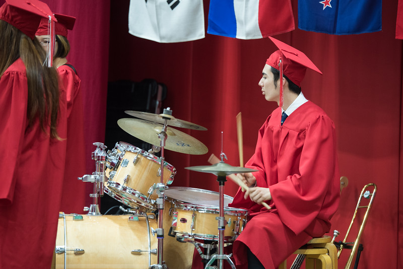 2016 YIS Graduation Ceremony-1127.jpg