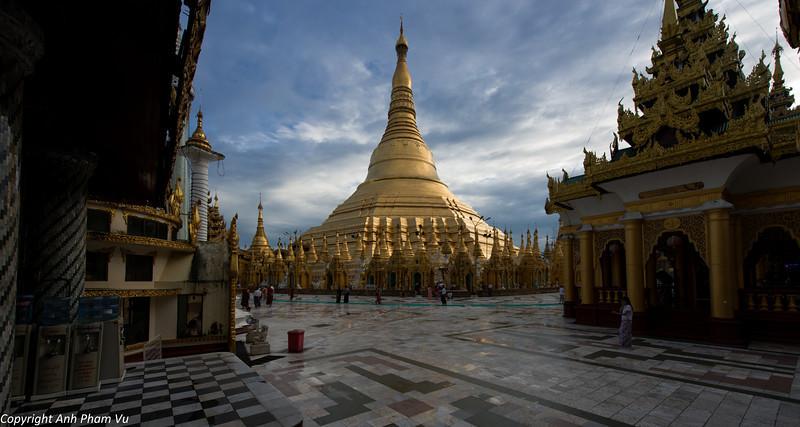 Yangon August 2012 365.jpg