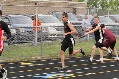 Cadllac-News-Boys-800-M-Relay