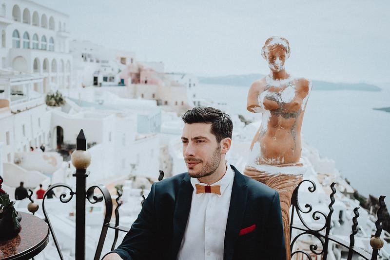 Tu-Nguyen-Wedding-Photography-Videography-Hochzeitsfotograaf-Engagement-Santorini-Oia-Greece-Thira-14b.jpg