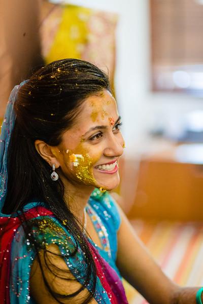 Candid Wedding Photographer Ahmedabad-1-114.jpg