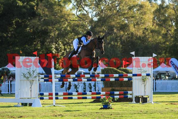 2016 12 10 Eventing in the Park Grand Prix 32 Elizabeth Lowery KL Kismet