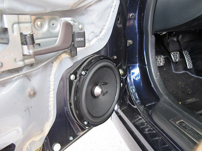 2005 Honda S2000 Front Door Speaker Installation - France