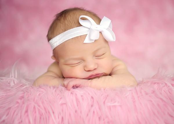Newborns-Babies