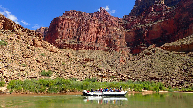 0649 raft scene  .jpg