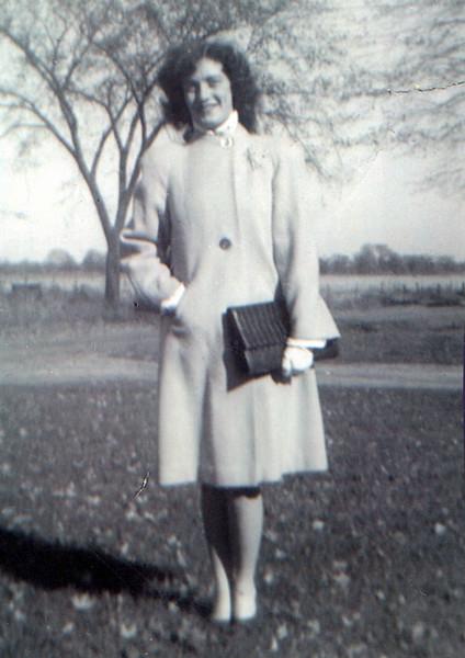 1940s Vivian Mudge.jpeg