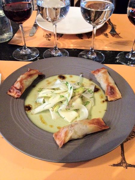 2012-04-07-0002-Debby and Elaine in Paris for Elaine's Winter Break-Dinner at L'Atelier Maître Albert.jpg
