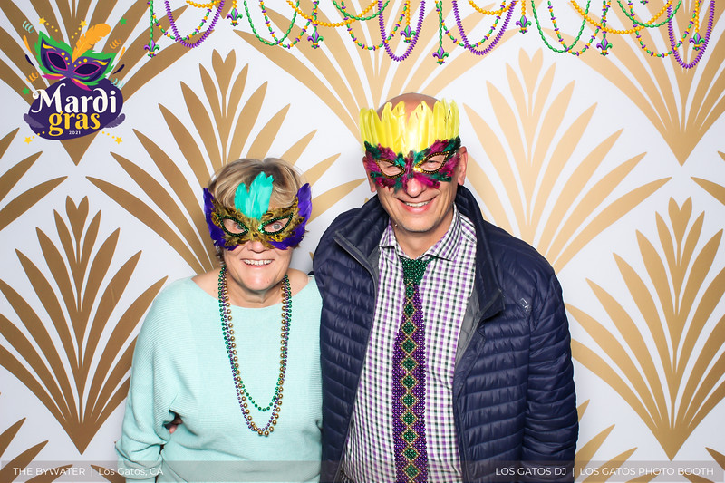 LOS GATOS DJ - The Bywater's Mardi Gras 2021 Photo Booth Photos (beads overlay) (5 of 29).jpg