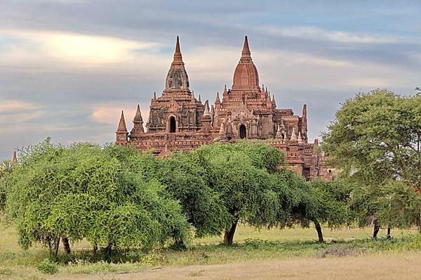 Plaine des 1000 pagodes vue Taung Huni