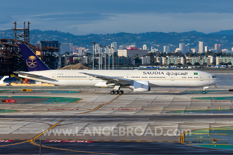 Saudia 777-300ER - HZ-AK38 - LAX