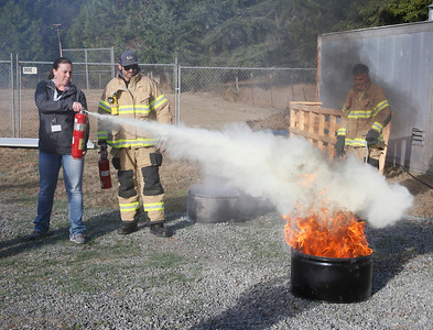 Photos: Firefighters and Coast Guard visit Fieldbrook School