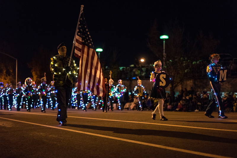Light_Parade_2015-08125.jpg