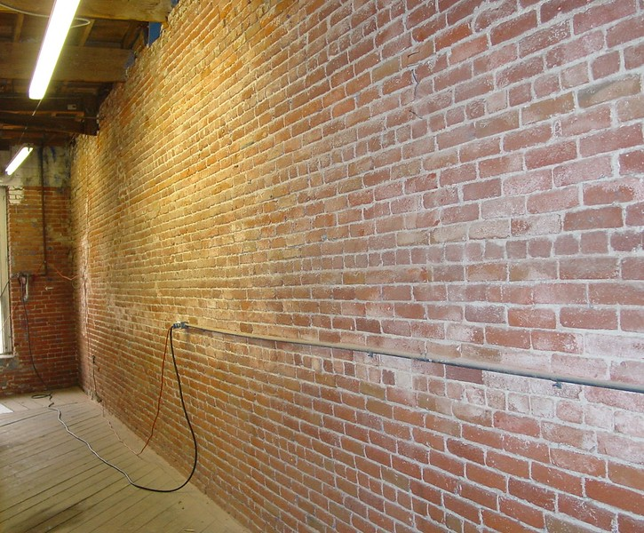 JunctionBlock_Interior_2003-11-30 _p01.jpg