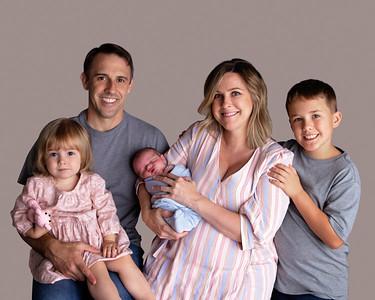 Lyons Newborn Portraits 2019