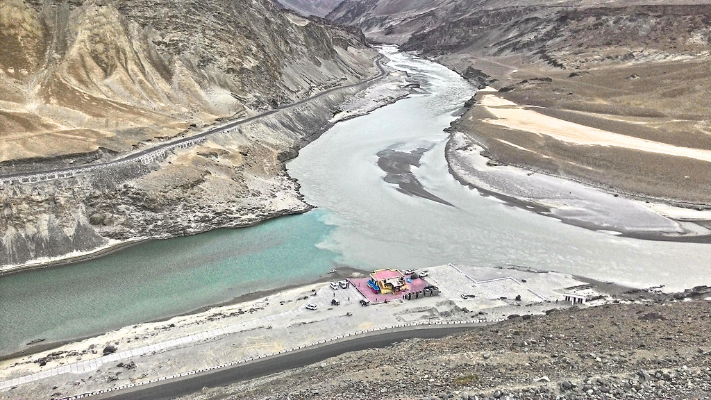 The much awaited historical place/ my imagined place while making the plan and  itinerary- Confluence of Zanskar and Indus River