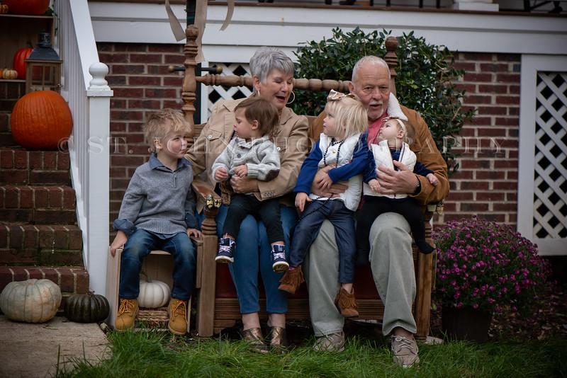 2019 November Ellis Family-240-284.jpg