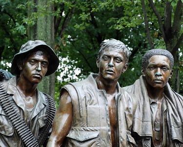 VIETNAM/KOREA MEMORIALS IN D.C.