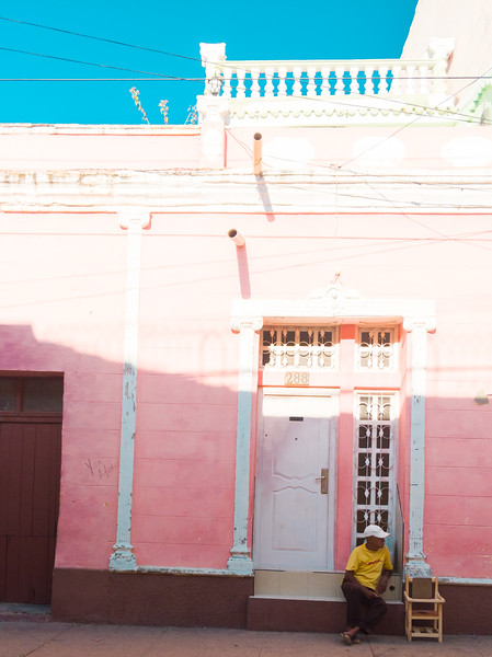 trinidad cuba pink house h.jpg