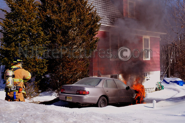 Mine Hill, NJ Car Fire on Randolph Ave. 2/4/11