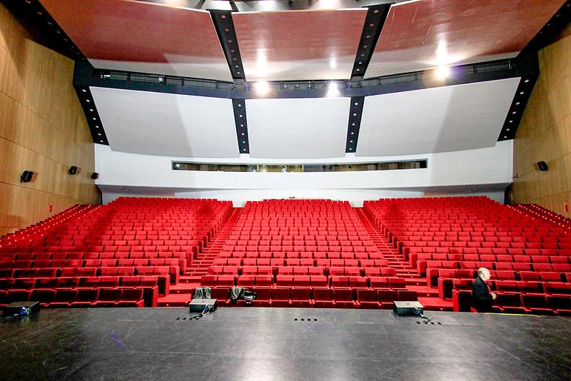 auditorio inside (3).jpg