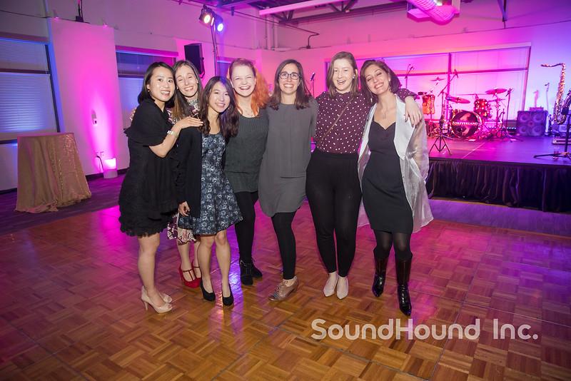2017-12-16 SoundHound-213_LO.jpg