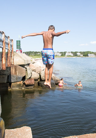 Causeway Jumping on West Island