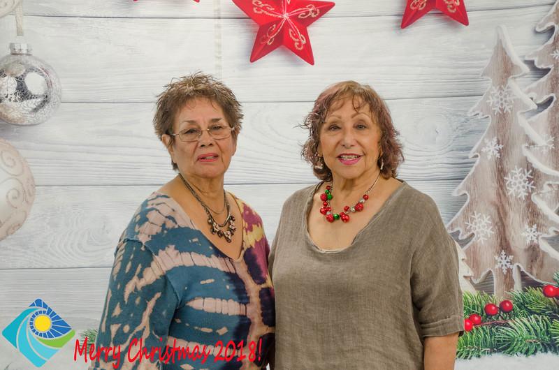 Christmas Photobooth 2018 Sunday-148.jpg