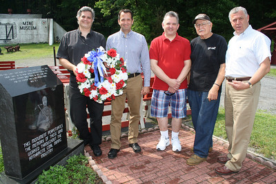 Memorial Service, Wreath, No 9 Mine and Museum, Lansford (5-27-2012)