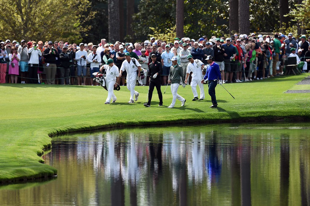 . Australia\'s Adam Scott (C), New Zealand\'s Danny Lee (2nd-R) and Japan\'s Hideki Matsuyama (R) walk to the 16th green during a practice round prior to the start of the 80th Masters of Tournament at the Augusta National Golf Club on April 6, 2016, in Augusta, Georgia.  DON EMMERT/AFP/Getty Images