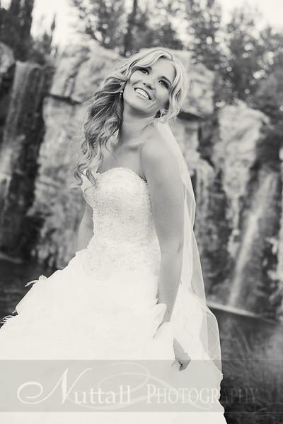 Stacy Bridals 42bw.jpg