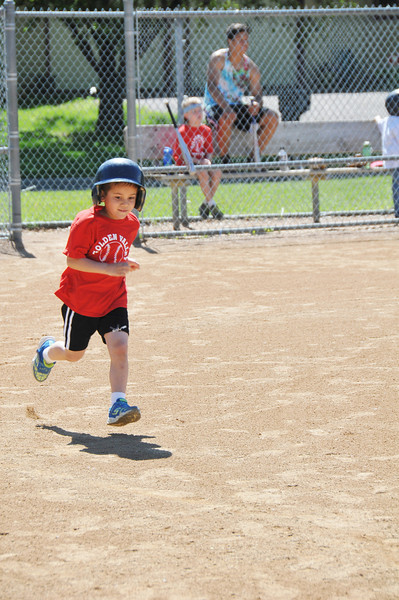 2014-06-16 Owen's First Tball Game 006.JPG
