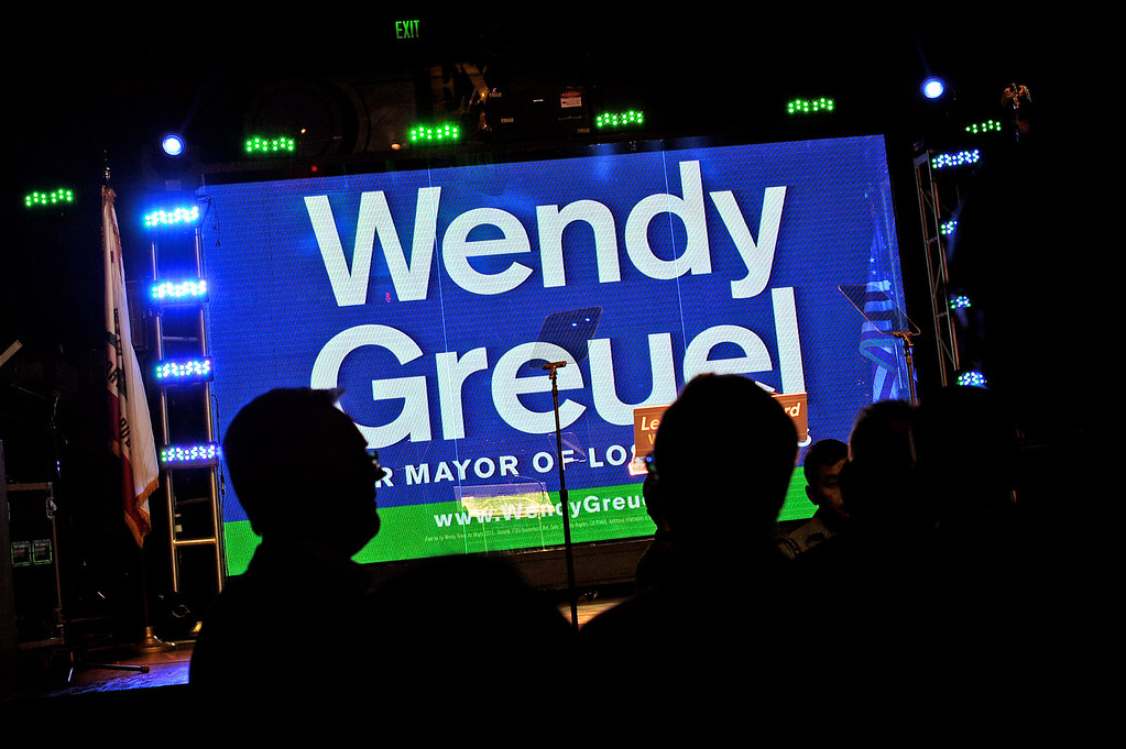 . Supporters arrive for the Wendy Greuel election night party at the Exchange in Los Angeles, CA May 21, 2013.(Andy Holzman/Staff Photographer)
