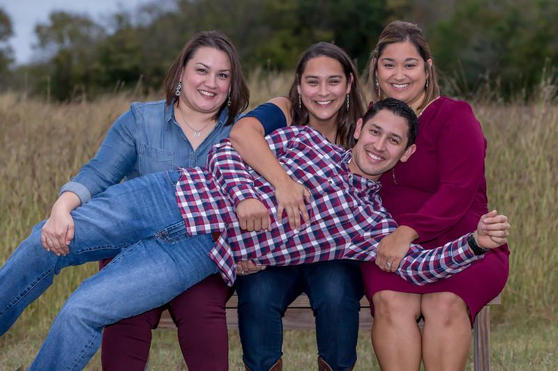 Family photos taken in Cibolo, Tx.