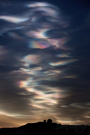 2011-08-17 Nacreous (Polar Stratospheric) clouds and NASA dome