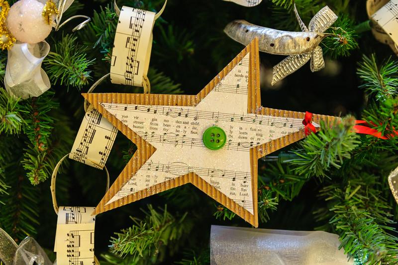 20151215 Faith Formation Christmas Tree-6120.jpg