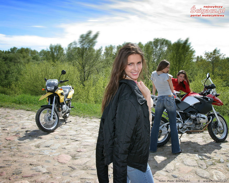 More R1200GS girls / models from: www.scigacz.pl