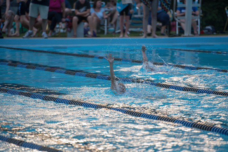 lcs_swimming_kevkramerphoto-484.jpg